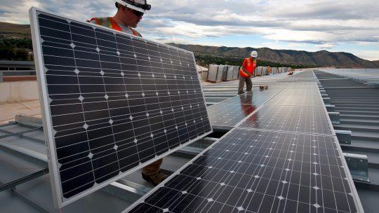 Waarom je moet kiezen voor groene grootzakelijke energie